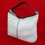 【FURLA/フルラ】 レザーハンドバッグ ホワイト 買取させていただきました。